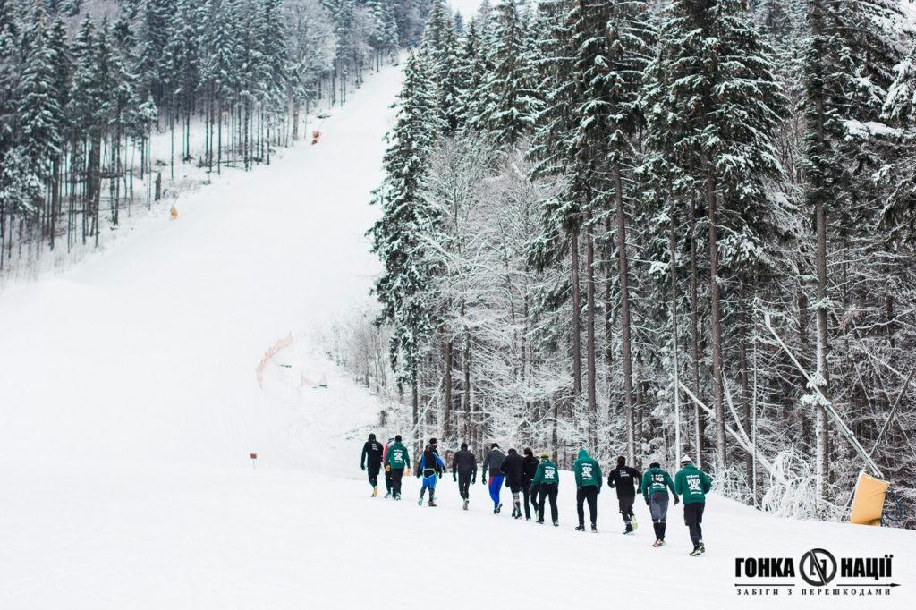 УКРАЇНЦІ ПІДКОРИЛИ НАДВАЖКИЙ ЗАБІГ SNOW RACE